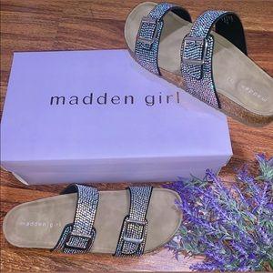 NWT Madden Girl Glitter Brando Sandal